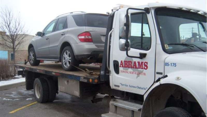 Towing All-Wheel Drive Mercedes ML