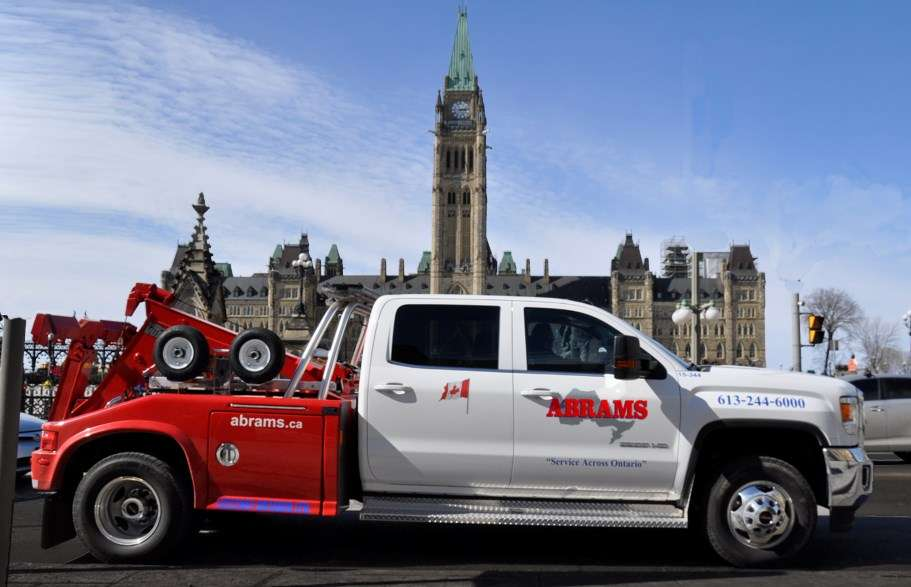Towing service in Ottawa